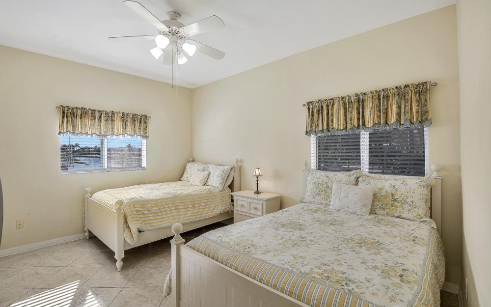 5027 SW 5th Pl, Cape Coral - Vacation Rental 76805509