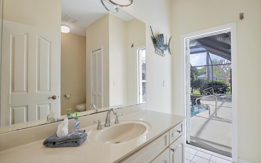 5027 SW 5th Pl, Cape Coral - Vacation Rental 26313009