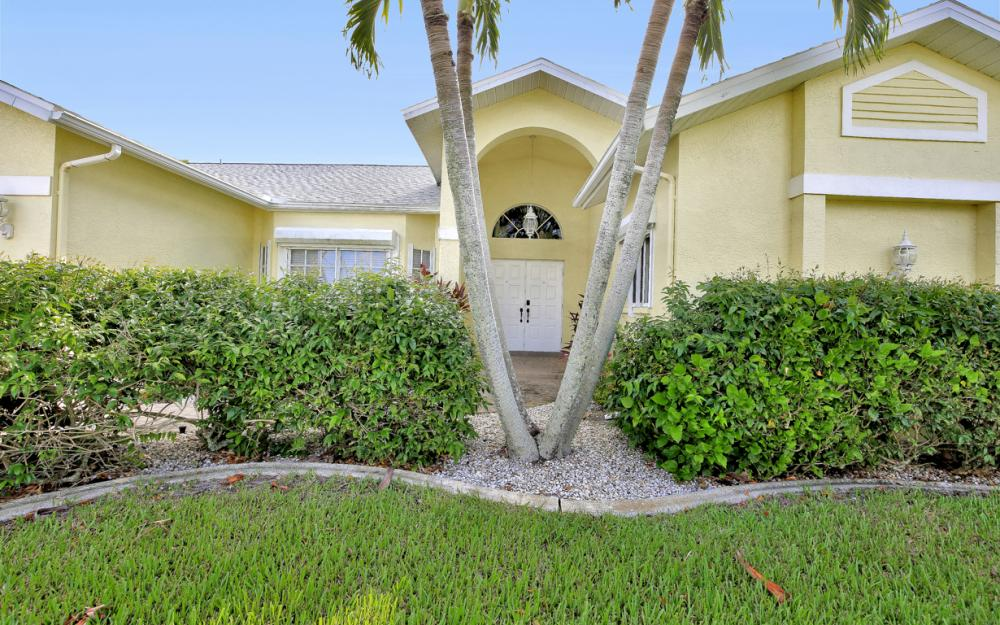 5027 SW 5th Pl, Cape Coral - Vacation Rental 240807581