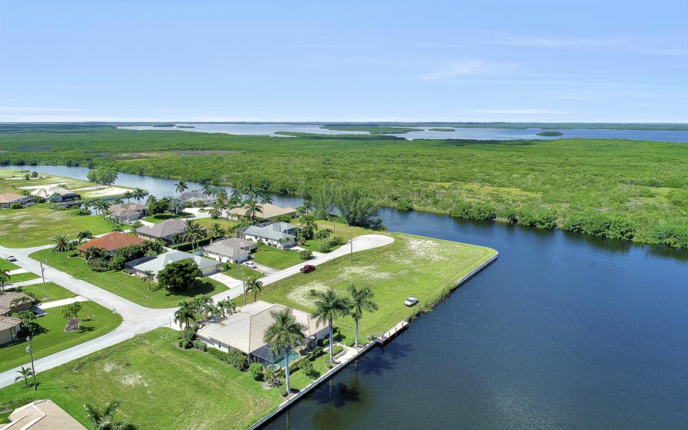 2917 SW 26th St, Cape Coral - Home For Sale 1423561261