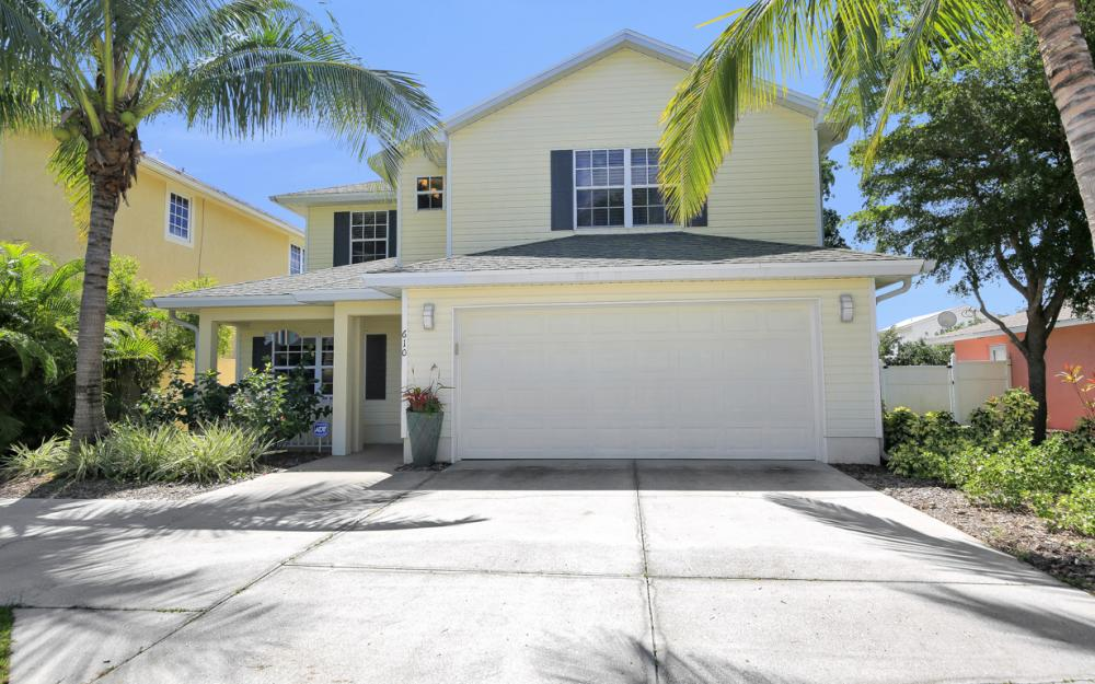 610 111th Ave N, Naples - Vacation Rental  745992859