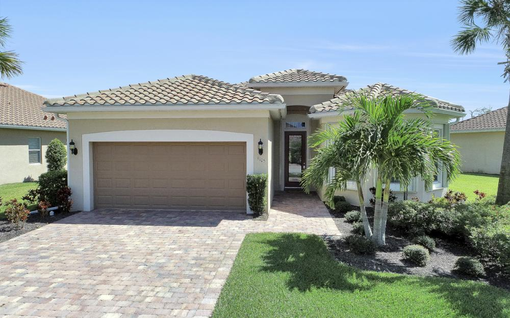 9105 Siesta Bay Dr, Naples - Home For Sale 692351379