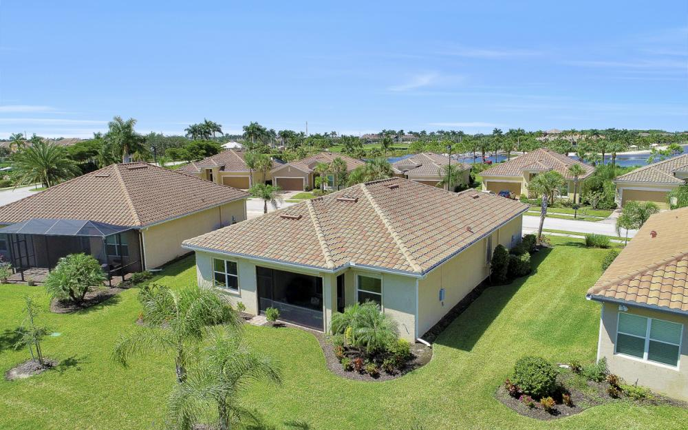 9105 Siesta Bay Dr, Naples - Home For Sale 1827532892