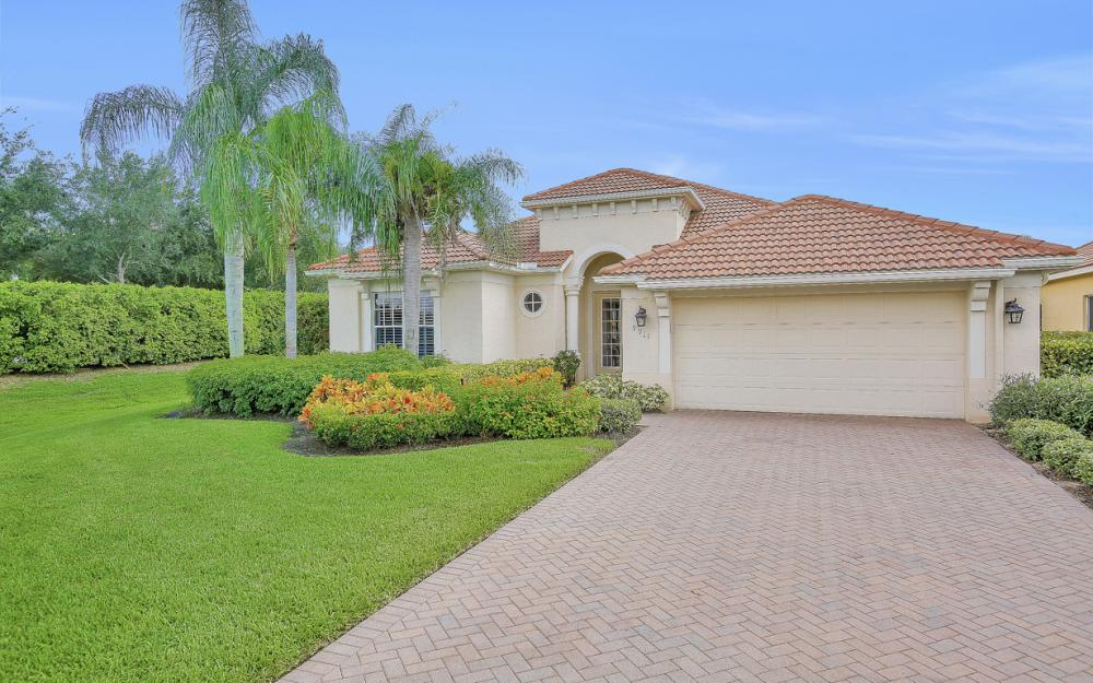 9911 St Moritz Dr, Miromar Lakes - Home For Sale 1043576709