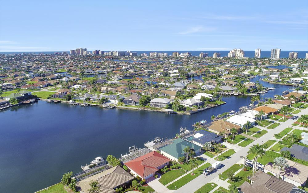 1225 Shenandoah Ct, Marco Island - Home For Sale 392226895
