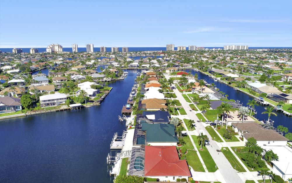 1225 Shenandoah Ct, Marco Island - Home For Sale 1152975426