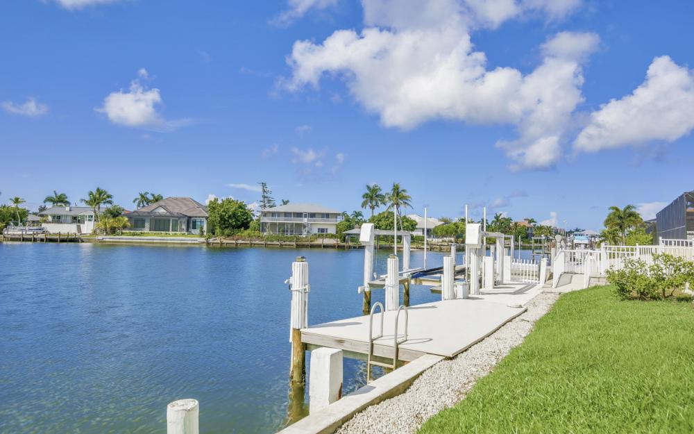 1225 Shenandoah Ct, Marco Island - Home For Sale 238820424