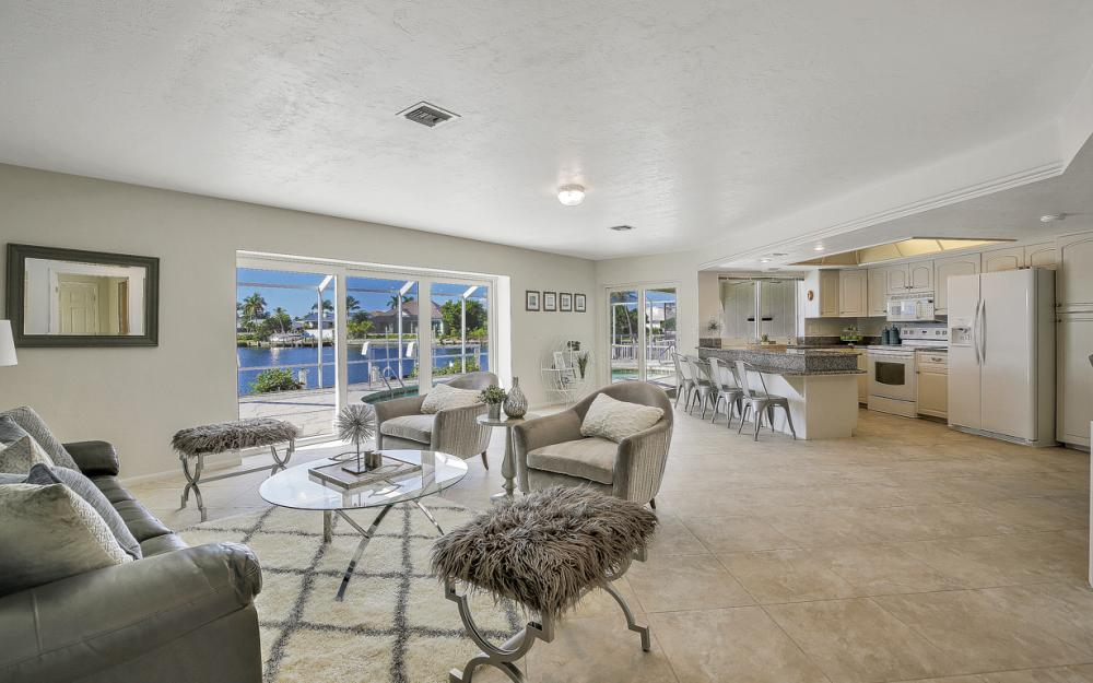 1225 Shenandoah Ct, Marco Island - Home For Sale 1941906234