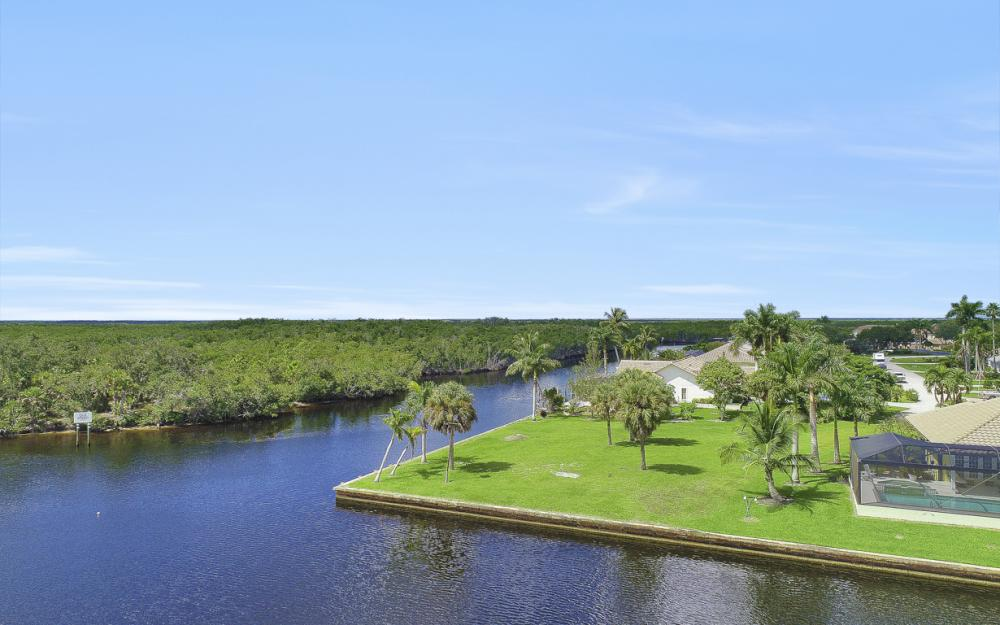 102 Newport Cay, Naples - Lot For Sale 1961692635