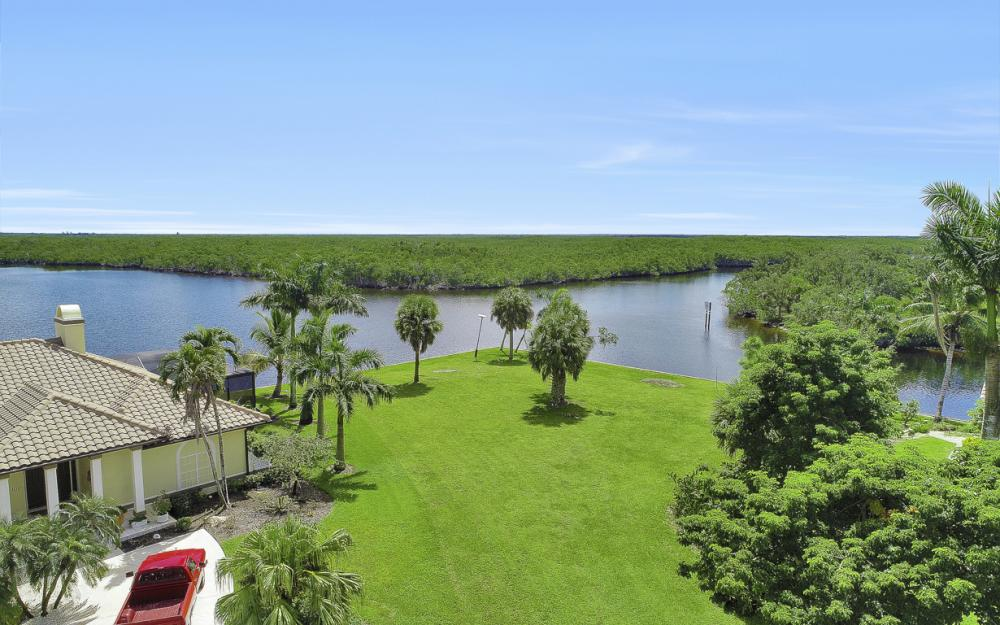 102 Newport Cay, Naples - Lot For Sale 2095257157