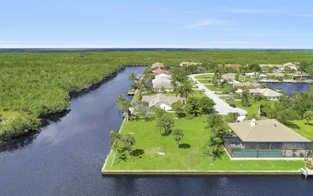 102 Newport Cay, Naples - Lot For Sale 1991508587
