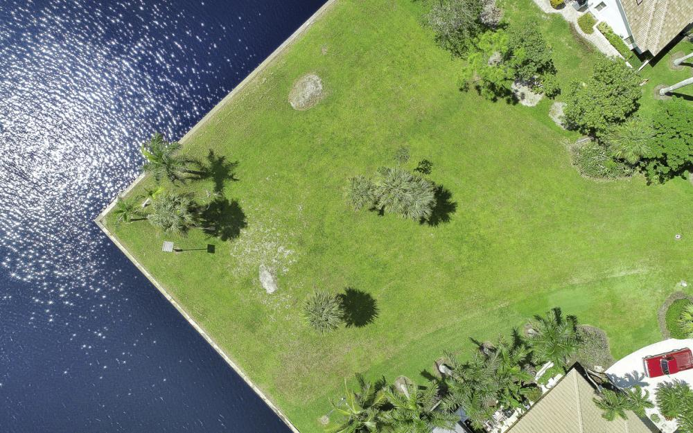 102 Newport Cay, Naples - Lot For Sale 678537881