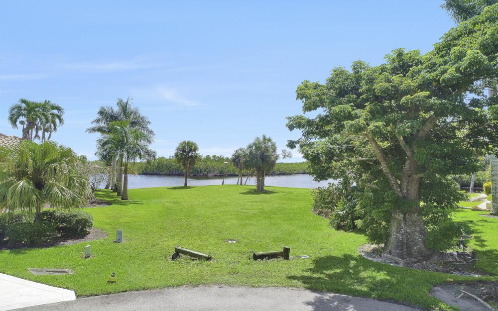 102 Newport Cay, Naples - Lot For Sale 1954871671