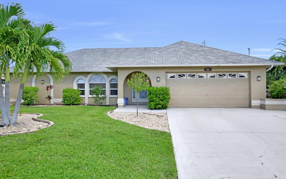 4005 SW 27th Ave, Cape Coral - Home For Sale 1246434869