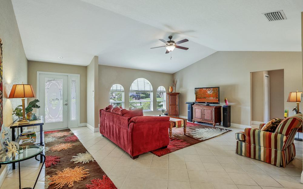 4005 SW 27th Ave, Cape Coral - Home For Sale 2145511983