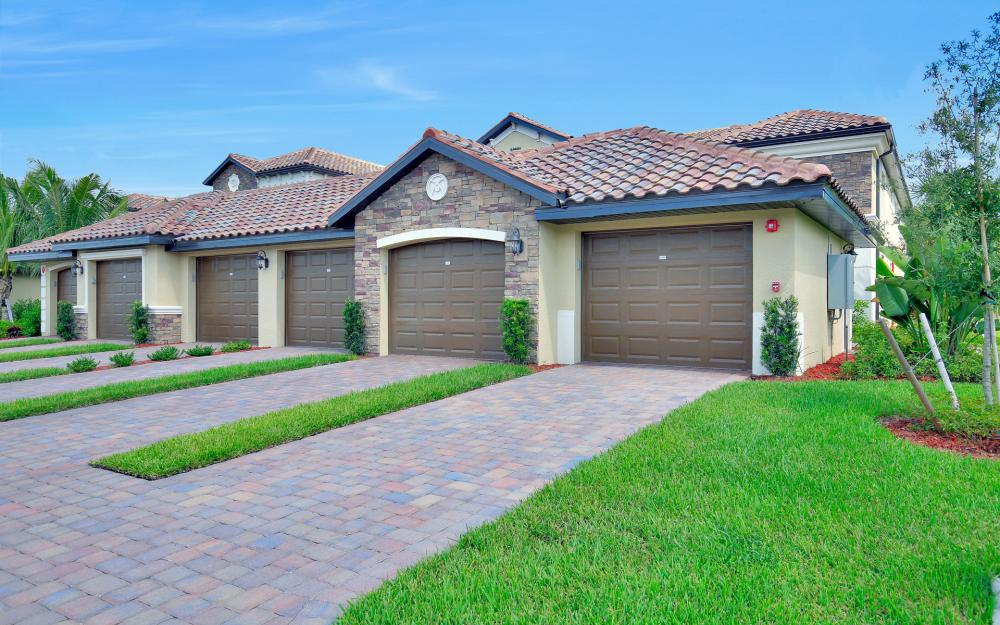 28031 Bridgetown Ct #5416, Bonita Spring - Condo For Sale 911088776