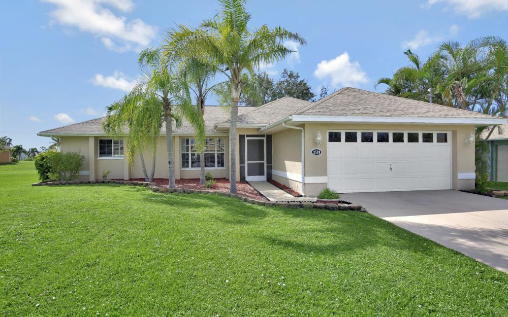 2520 SW 11th Pl, Cape Coral - Home For Sale 473372490