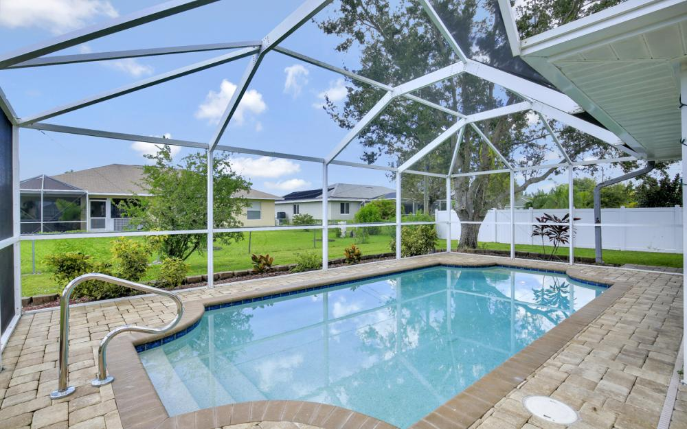 2520 SW 11th Pl, Cape Coral - Home For Sale 842702913