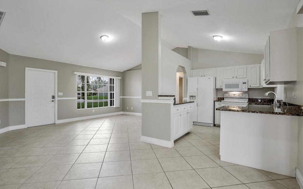 2520 SW 11th Pl, Cape Coral - Home For Sale 654642130