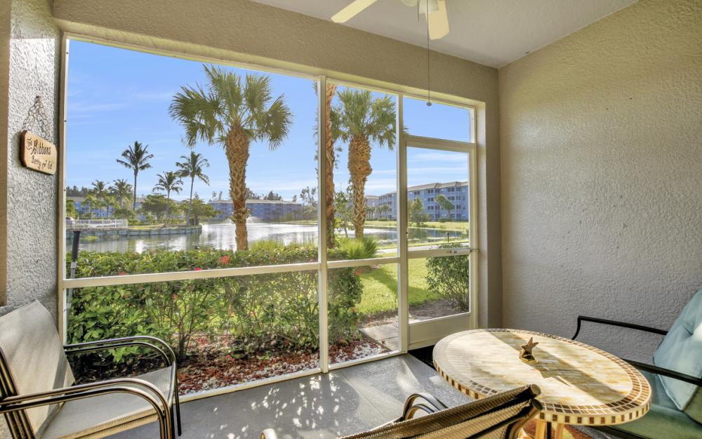 16575 Lake Circle Dr #1114, Fort Myers - Condo For Sale 1038973844