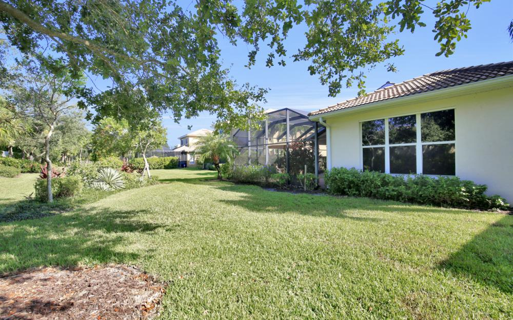 19744 Casa Verde Way, Fort Myers - Home For Sale  1034443330