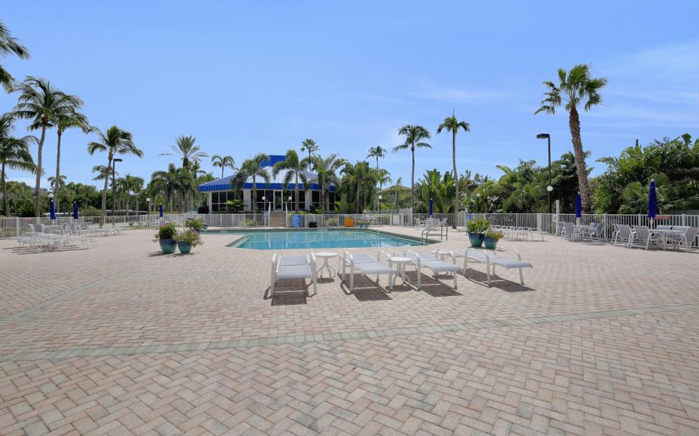 4753 Estero Blvd #204, Fort Myers Beach - Condo For Sale 2057791056