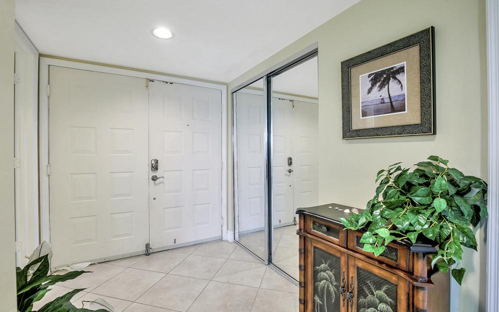 4753 Estero Blvd #204, Fort Myers Beach - Condo For Sale 521693277