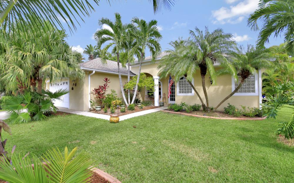 5209 SW 9th Pl, Cape Coral - Home For Sale 199308942