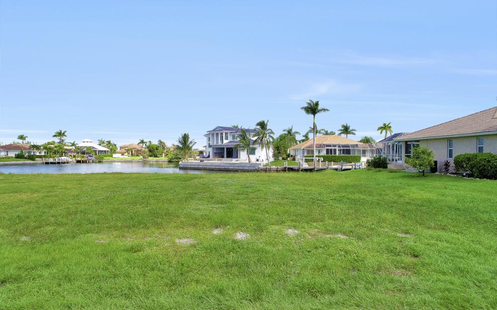 768 Caribbean Ct, Marco Island - Lot For Sale 1101475973