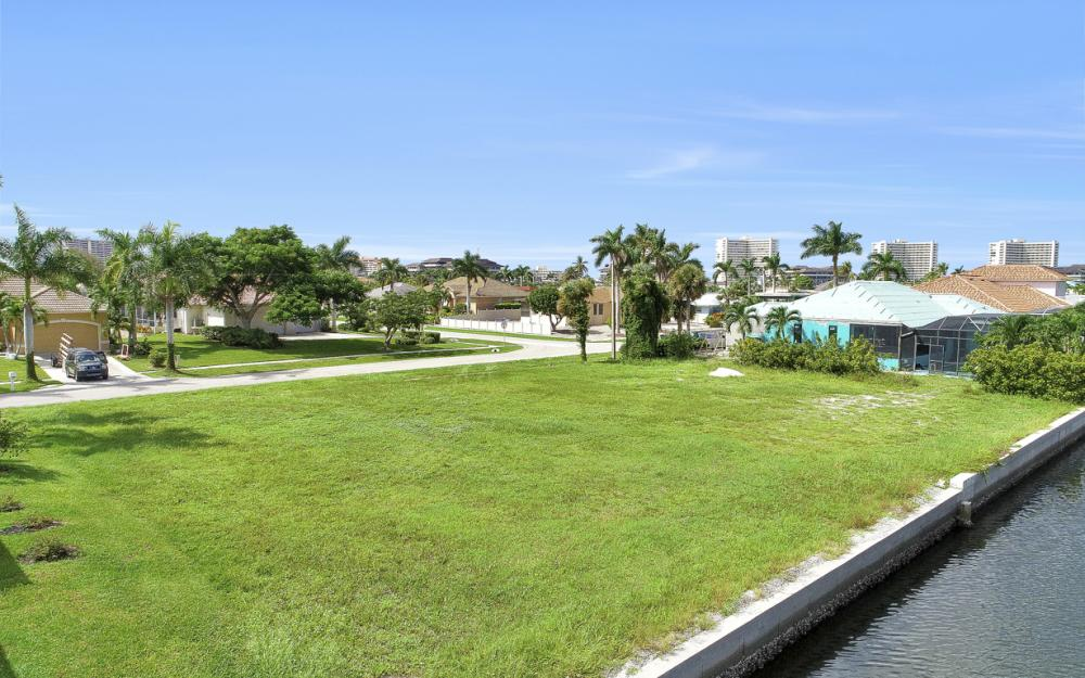 768 Caribbean Ct, Marco Island - Lot For Sale 2064612553