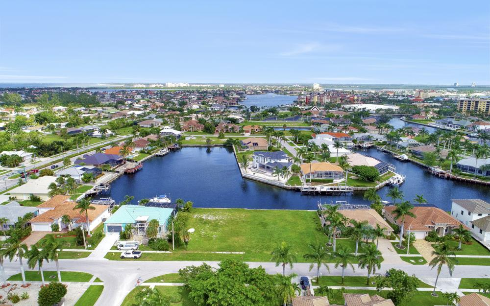 768 Caribbean Ct, Marco Island - Lot For Sale 1254689025