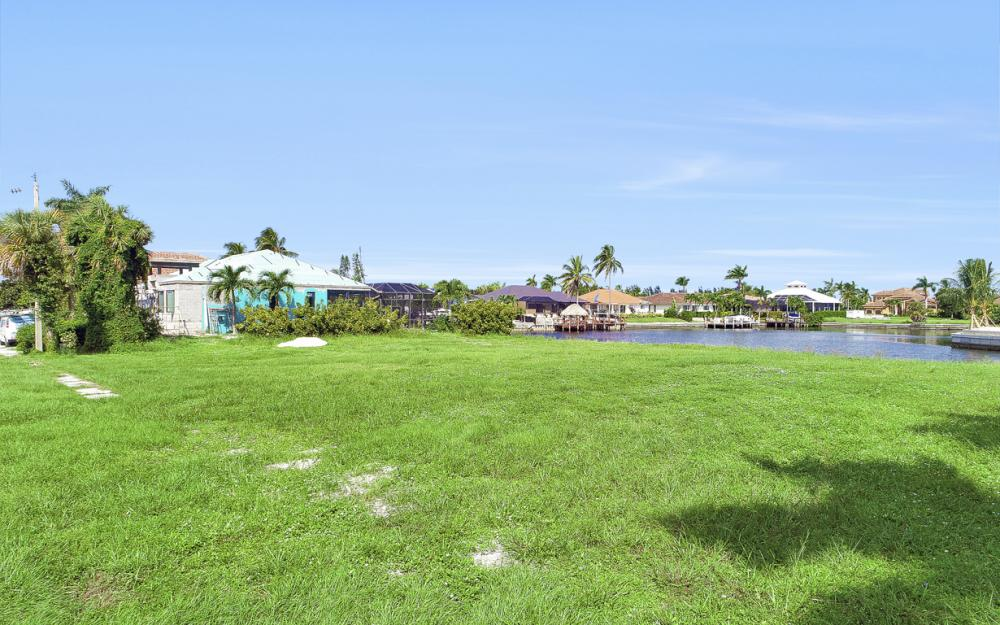 768 Caribbean Ct, Marco Island - Lot For Sale 1218320532