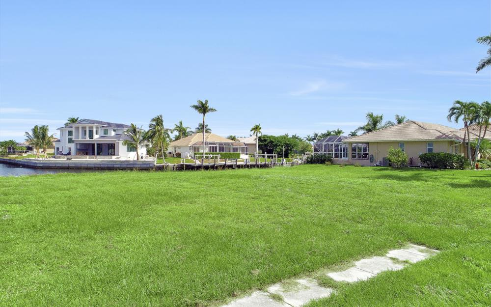768 Caribbean Ct, Marco Island - Lot For Sale 113761907