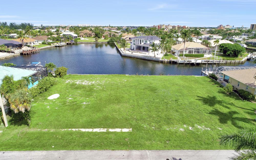 768 Caribbean Ct, Marco Island - Lot For Sale 1379368718