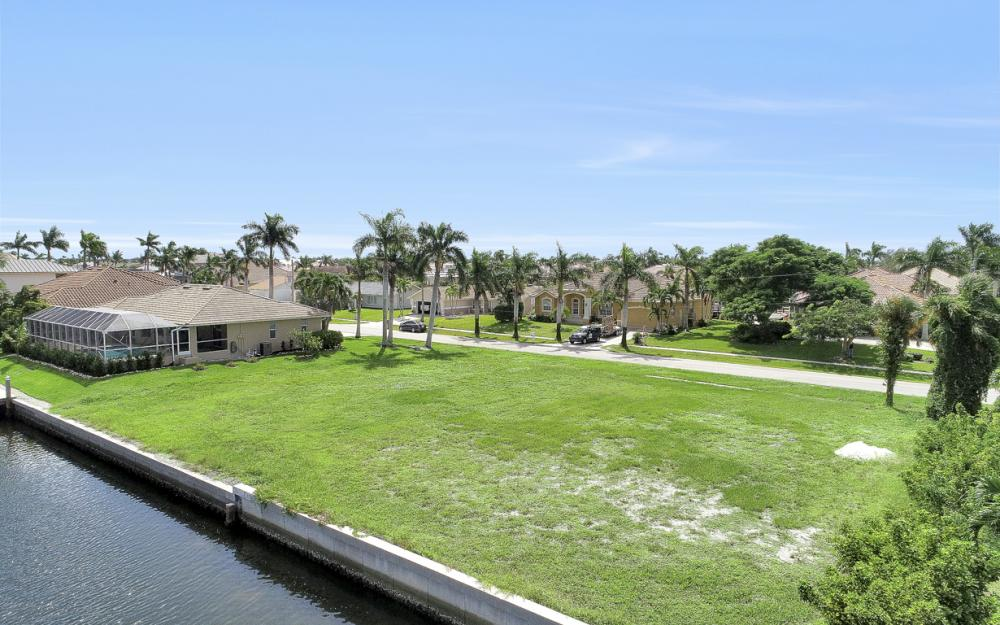 768 Caribbean Ct, Marco Island - Lot For Sale 1118471518