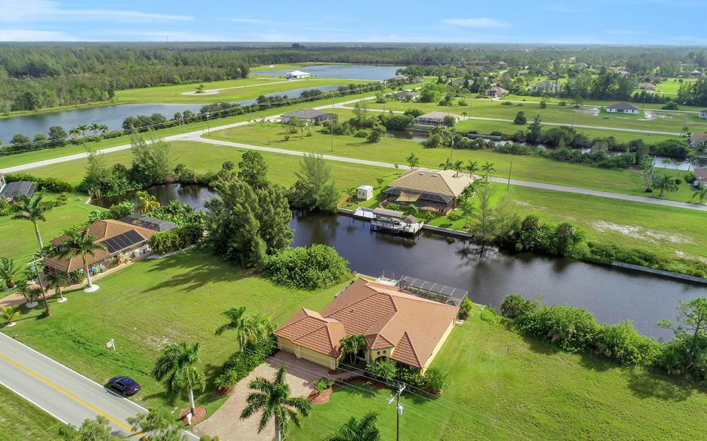 2229 Old Burnt Store Rd N, Cape Coral - Home For Sale 634723994