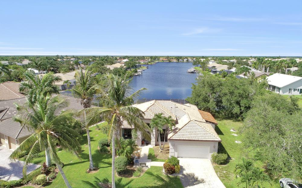 171 Cays Dr, Naples - Home For Sale 733284638