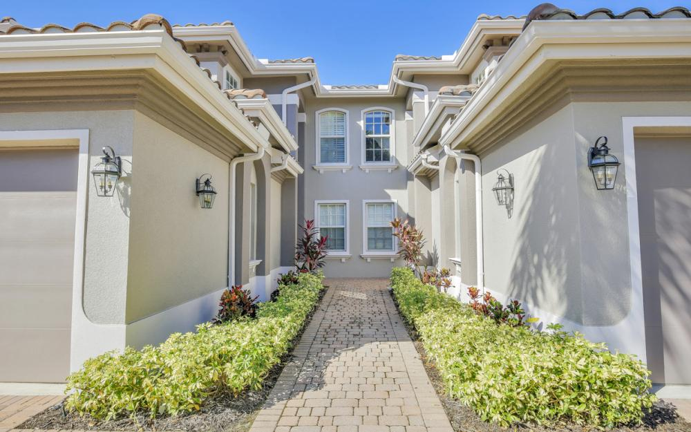 9281 Triana Ter #4, Fort Myers - Condo For Sale 601564124