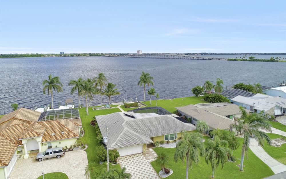 4415 SE 20th Pl, Cape Coral - Home For Sale 1398104883