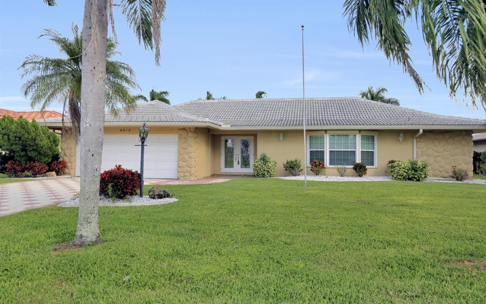 4415 SE 20th Pl, Cape Coral - Home For Sale 461097340
