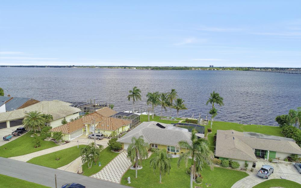 4415 SE 20th Pl, Cape Coral - Home For Sale 1904752819