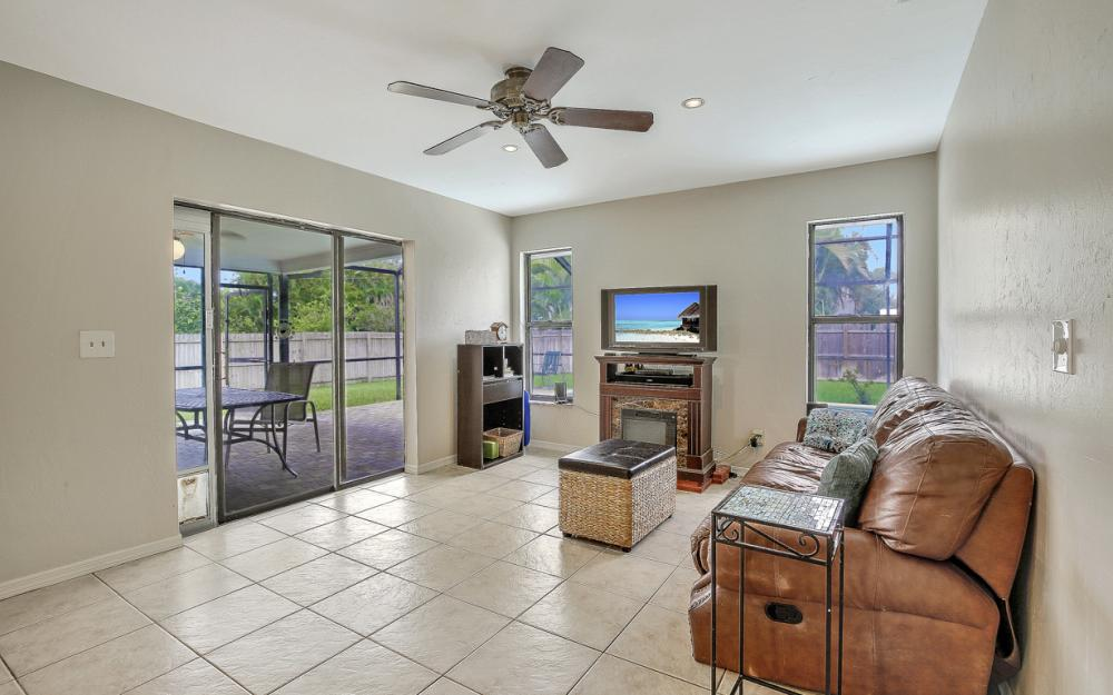 17512 Fuchsia Rd, Fort Myers - Home For Sale 1867213989