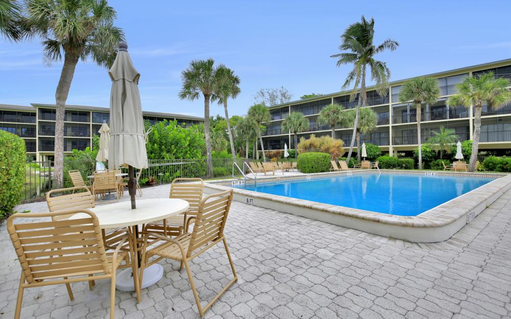2737 W Gulf Dr #228, Sanibel - Condo For Sale 622190793