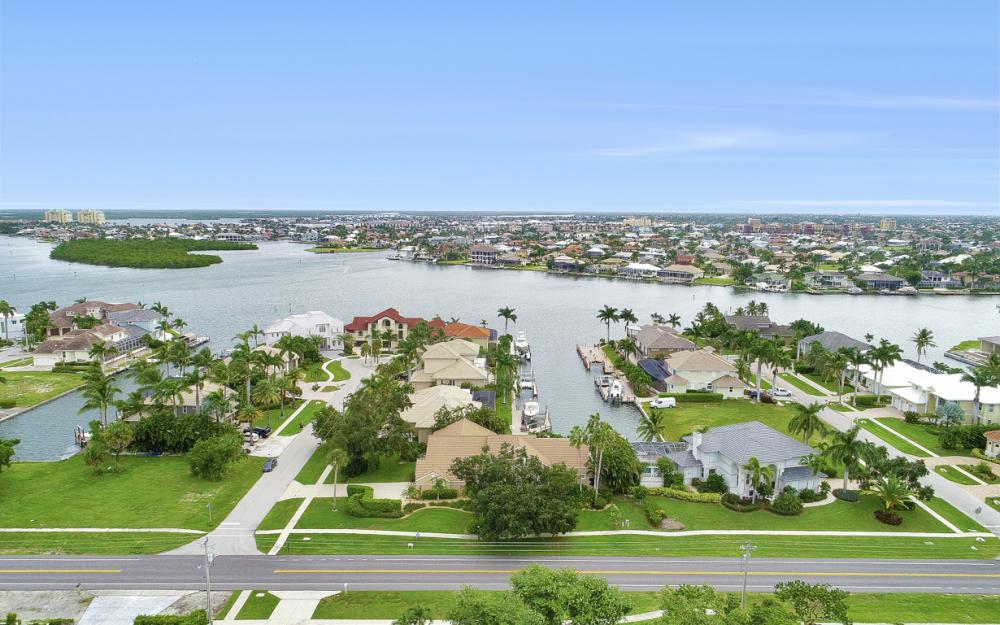 815 Kendall Dr, Marco Island - Vacation Rental 729166798