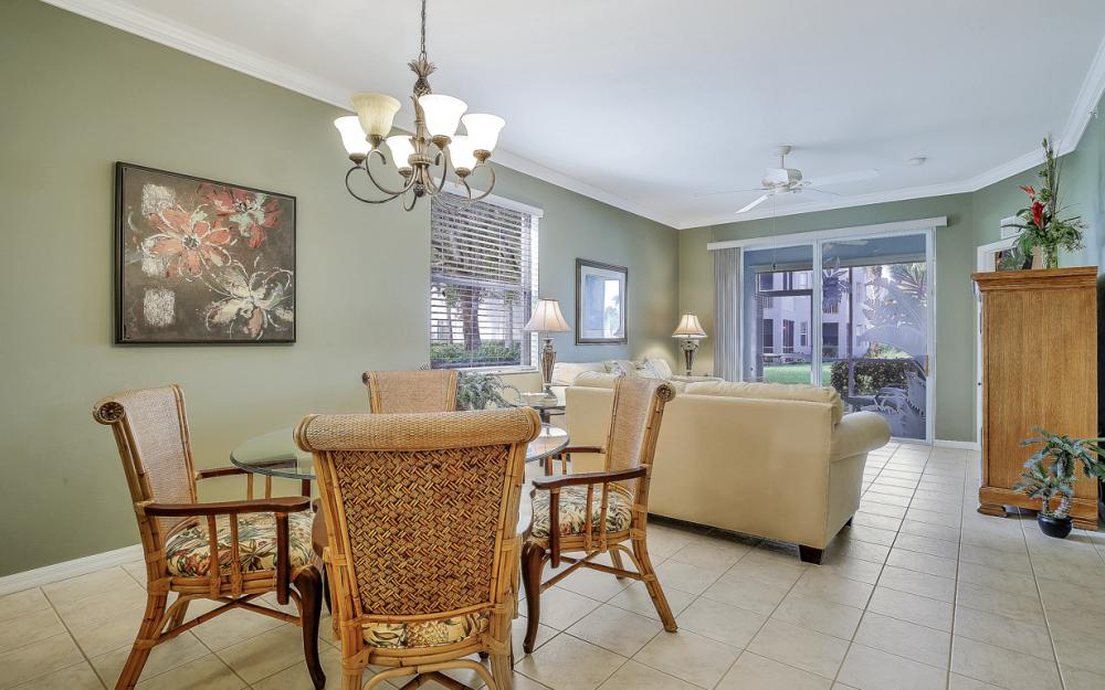 16615 Lake Circle Dr #411, Fort Myers - Condo For Sal e 990770292