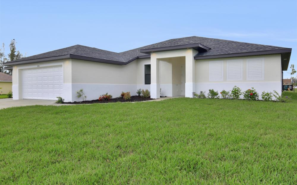 1206 SW 6th Ave, Cape Coral - Home For Sale 1685884180