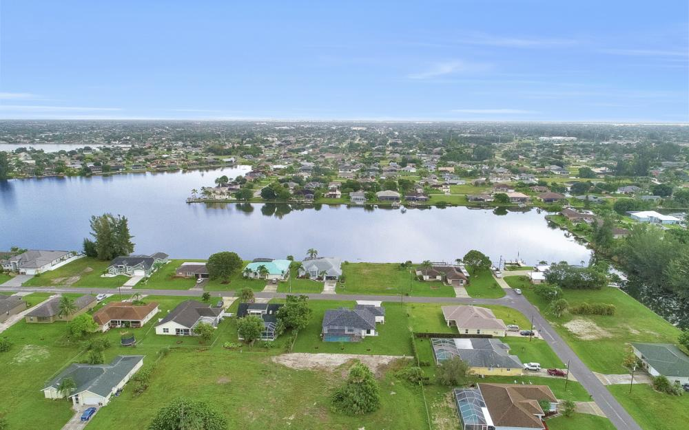 1206 SW 6th Ave, Cape Coral - Home For Sale 1409557630