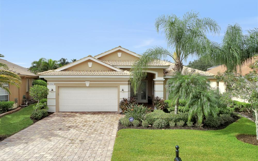 19742 Maddelena Cir Estero - Home For Sale 1743769662