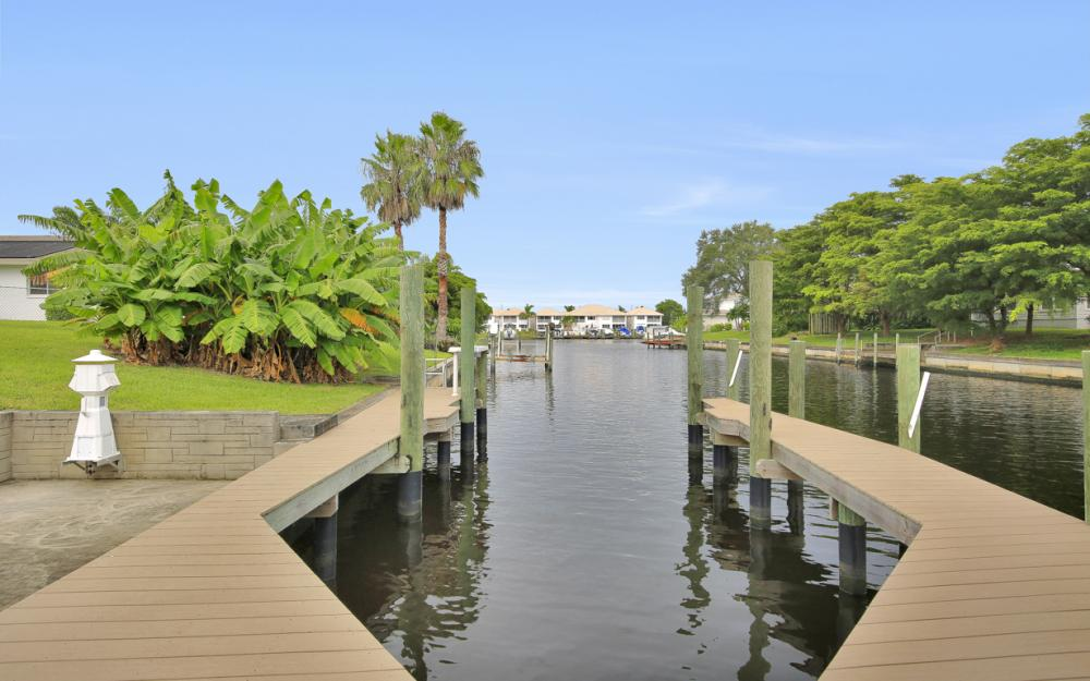 4305 SE 13th Pl, Cape Coral - Home For Sale 1148072769