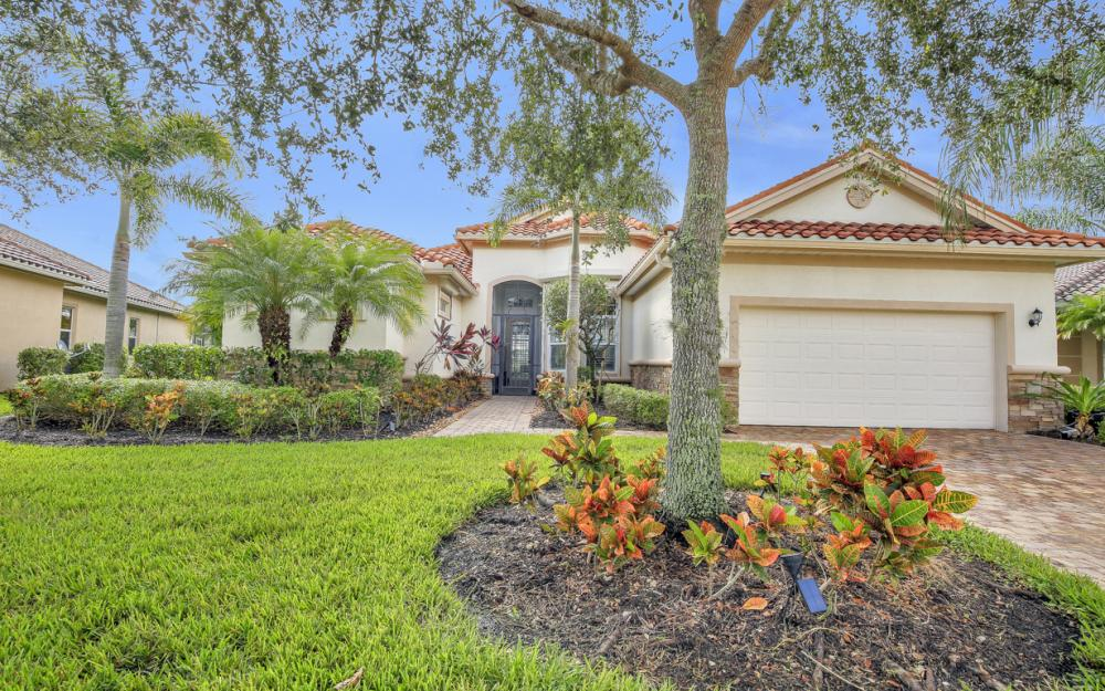 9677 Cobalt Cove Cir, Naples - Home For Sale 469066498